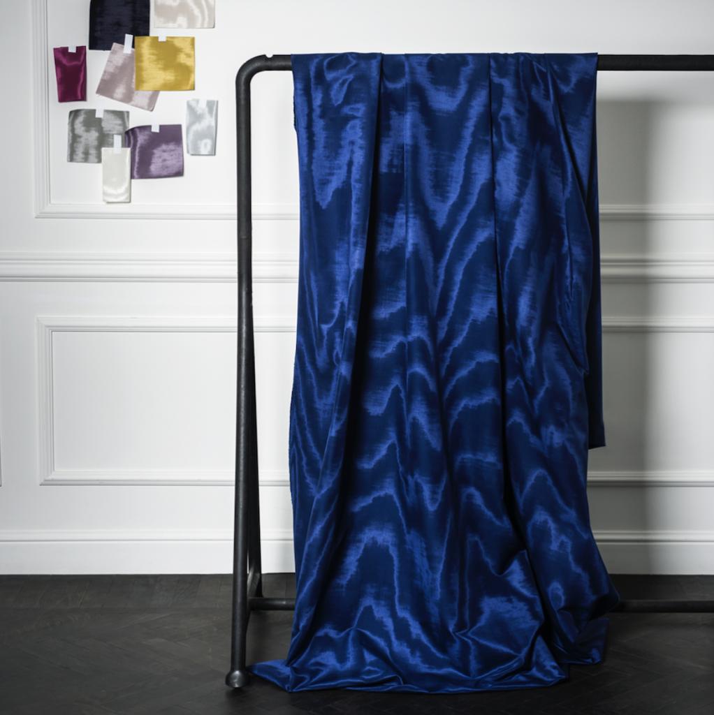 Dedar Amoir Libre fabric in luxuriant hues of blue.
