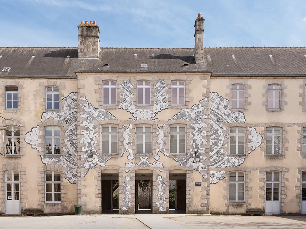 The Musée des Beaux Arts et de la Dentelle [the Museum of Fine Arts and Lace] in Alençon.