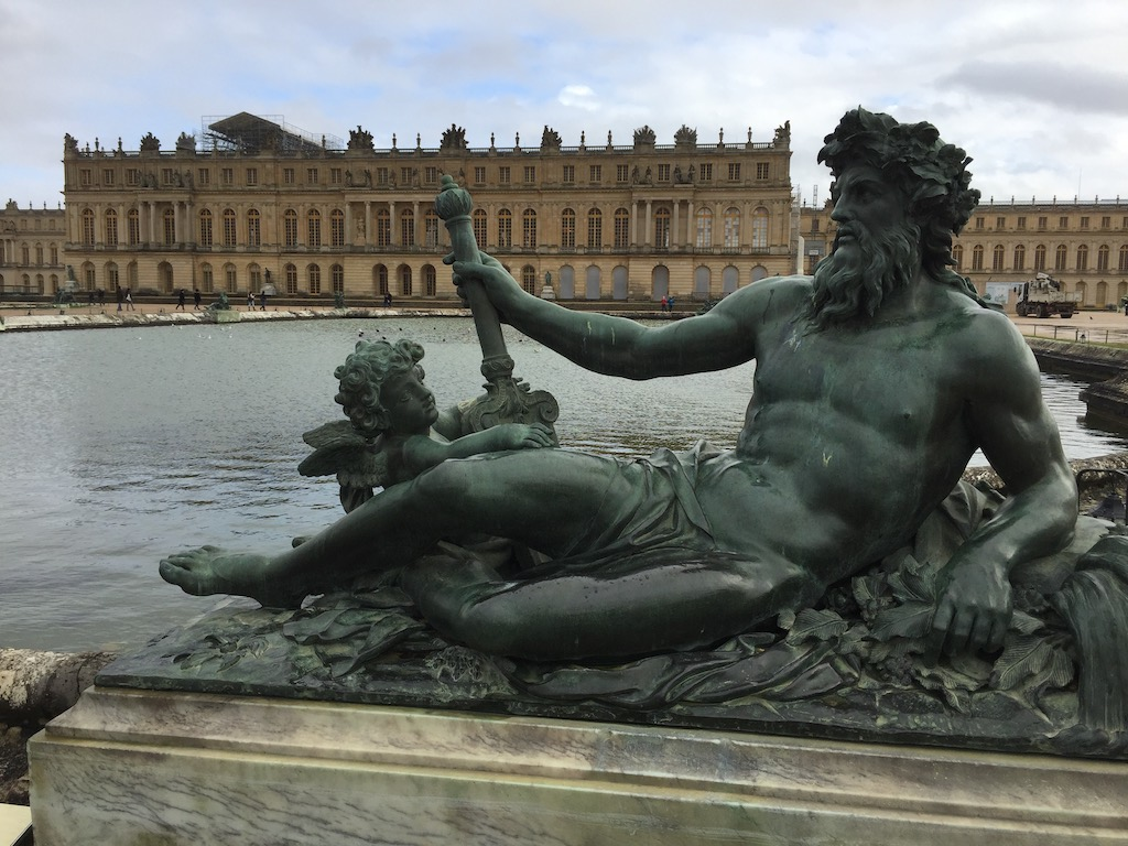 The Neptune Fountain at Versailles in January under a gray sky. Image © Design Diary.