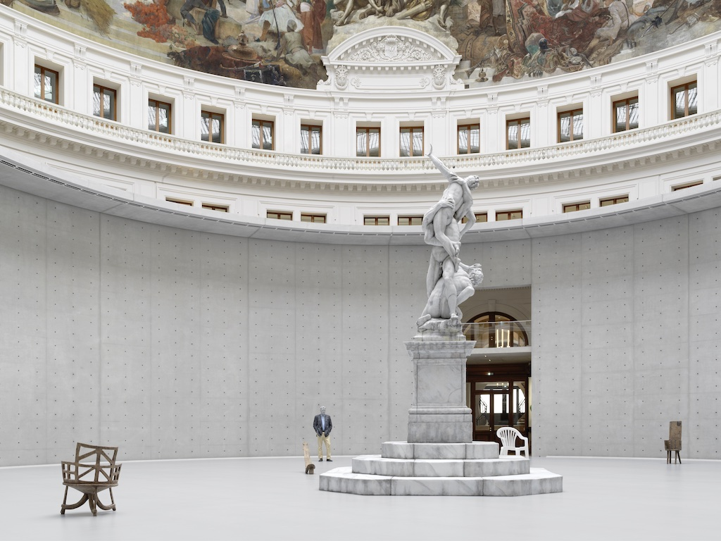 Urs Fischer's Untitled, 2011 (detail), in the rotunda of the Bourse de Commerce — Pinault Collection that includes the central statue that is a replica of the 16th-century sculptor Giambologna's Rape of the Sabine Women, and the figure behind and to the left of it. Image credit: Stefan Altenburger.