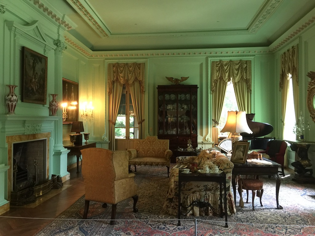 The morning room with its eighteenth-century spirit, the fireplace to the left. Image © Design Diary.