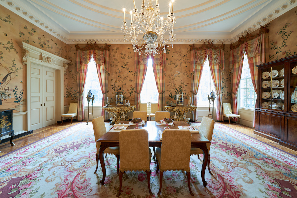 The dining room with its chinoiserie elements. Image courtesy of Atlanta History Center.